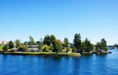 [新聞] 到加拿大旅遊,不妨到這八個魅力城鎮體驗一番