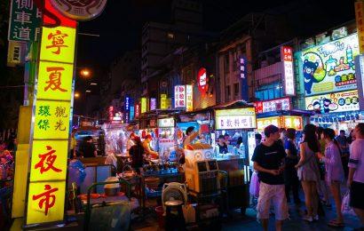 [新聞]  自由無價!香港人瘋移民台灣 近兩月申請來台居留數大增四成五